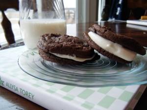 Homemade Oreo Cookies | bsinthekitchen.com
