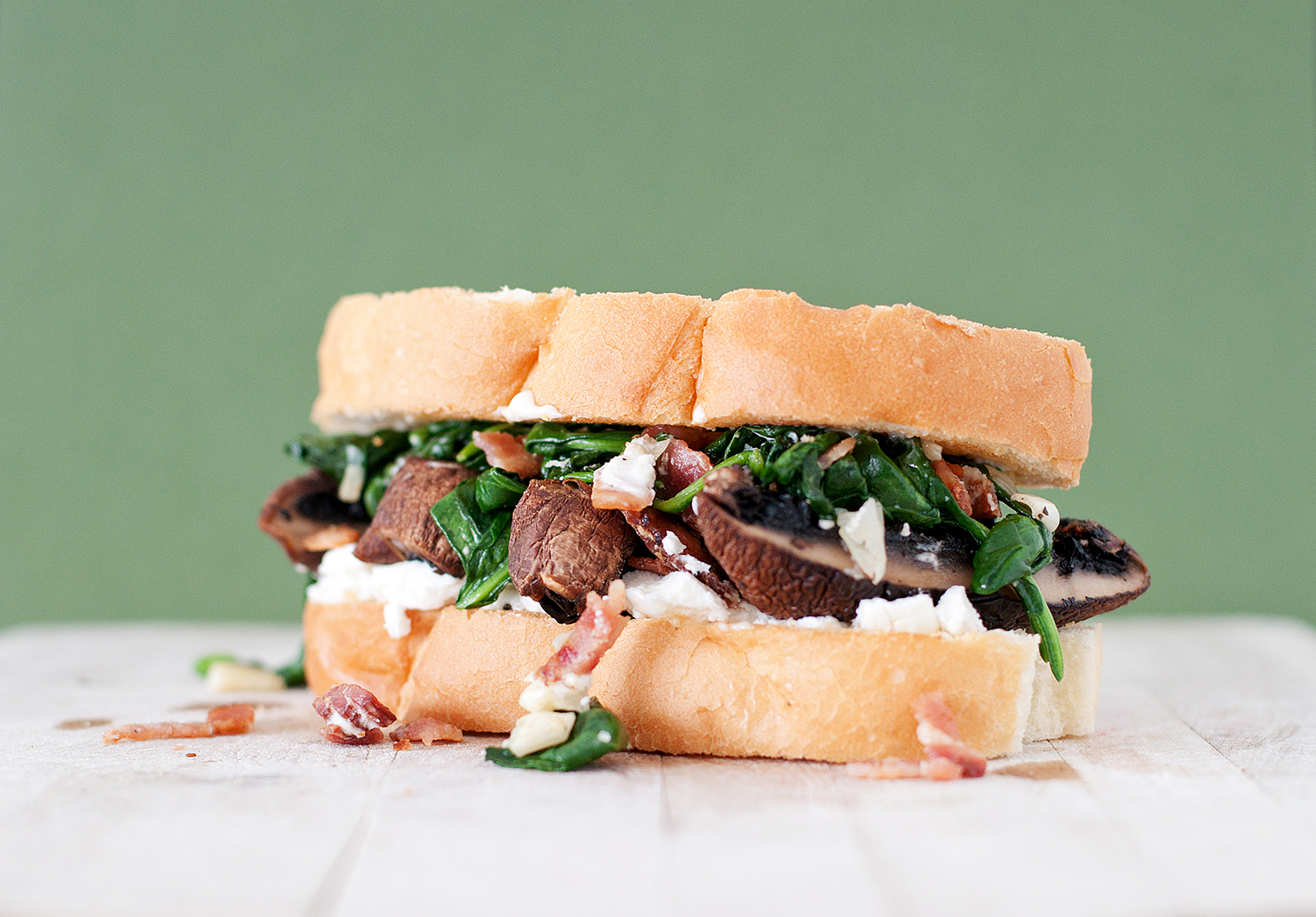 Spinach, Bacon & Goat Cheese Portobello Mushroom Sandwich | BS' in th...