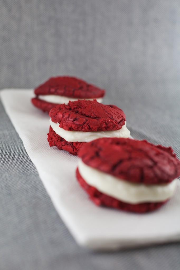 Red Velvet Whoopie Pies   bsinthekitchen.com #redvelvet #dessert #bsinthekitchen