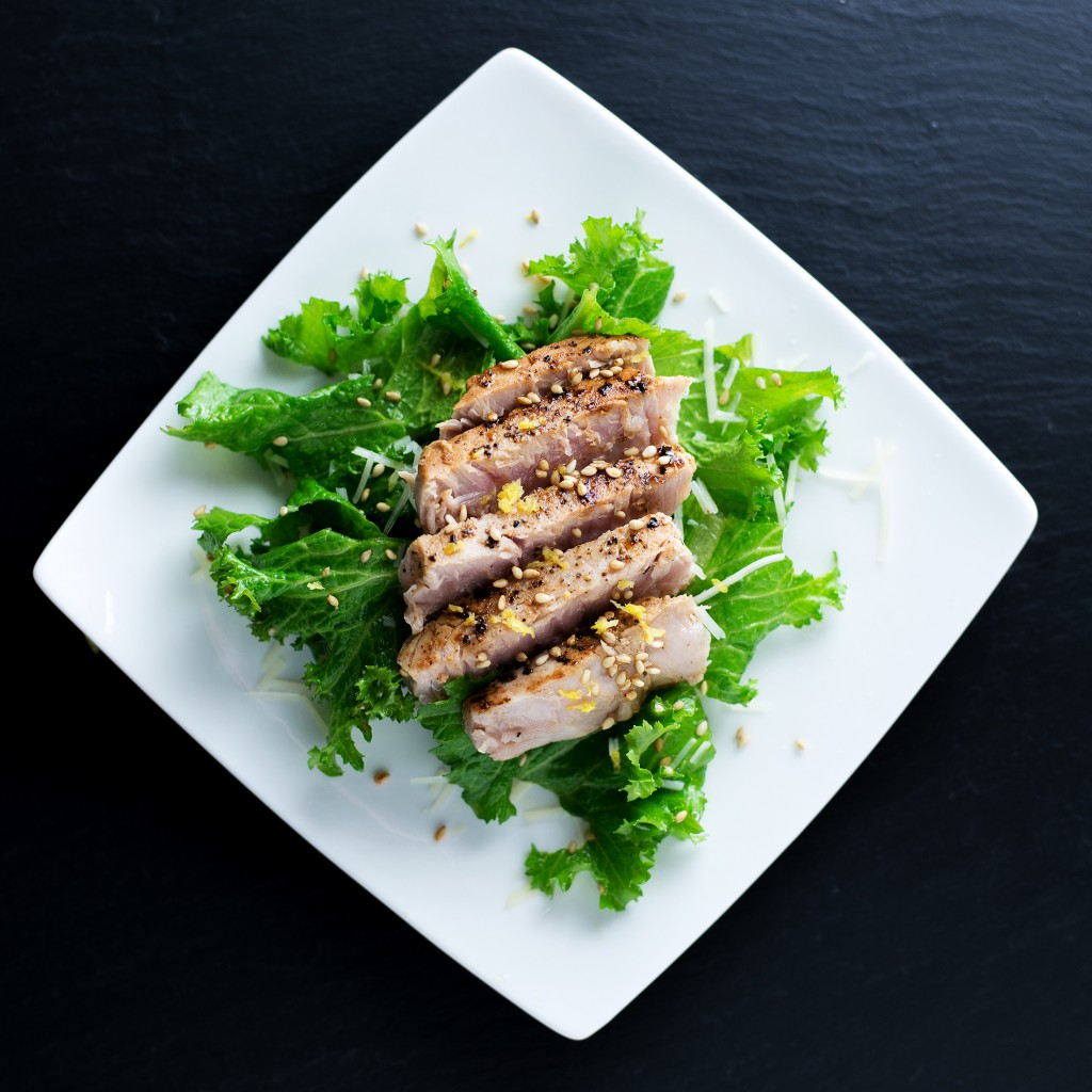 Lemon Pepper Seared Tuna | bsinthekitchen.com #tuna #dinner #bsinthekitchen