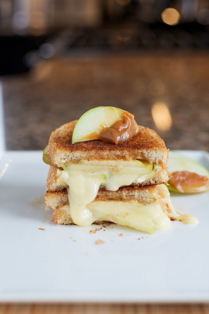 Caramel Apple & Brie Grilled Cheese | BS' in the Kitchen