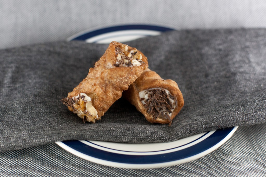 Homemade Cannolis with Ricotta Cheese Filling from bsinthekitchen.com | #dessert #cannoli # bsinthekitchen