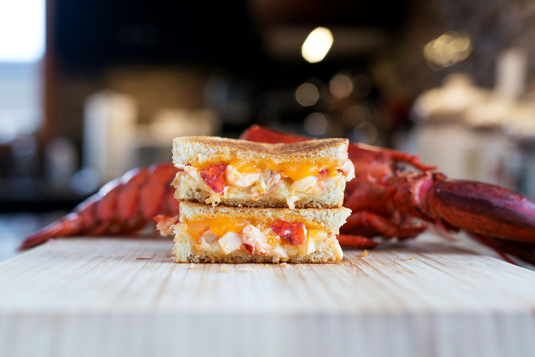 Lobster Grilled Cheese | bsinthekitchen.com #grilledcheese #lobster # ...
