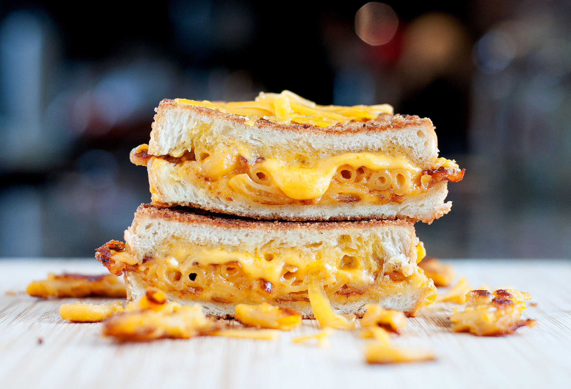 Mac & Cheese Grilled Cheese | BS' in the Kitchen