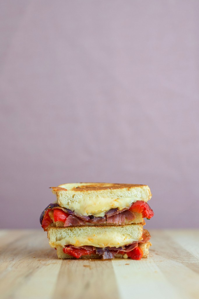 Roasted Red Pepper, Capocollo & Gouda Grilled Cheese | bsinthekitchen.com #grilledcheese #sandwich #bsinthekitchen