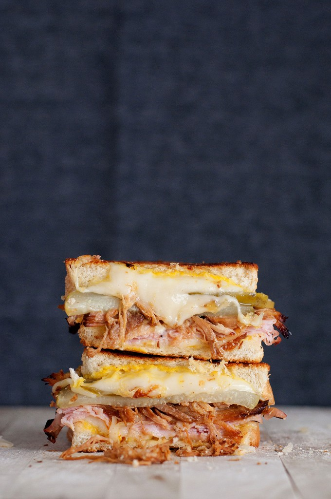 The Cuban Grilled Cheese | bsinthekitchen.com #grilledcheese #sandwich #bsinthekitchen