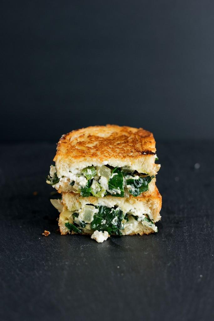 Spanakopita Grilled Cheese | bsinthekitchen.com #grilledcheese #spanakopita #bsinthekitchen