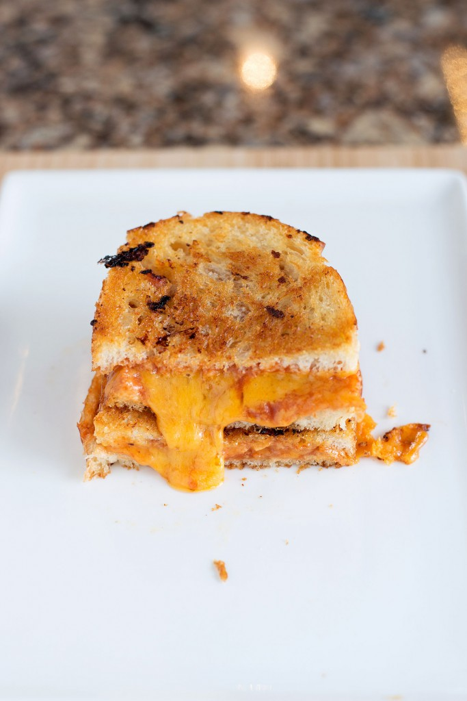 Tomato Soup Grilled Cheese | bsinthekitchen.com #grilledcheese #tomatosoup #bsinthekitchen