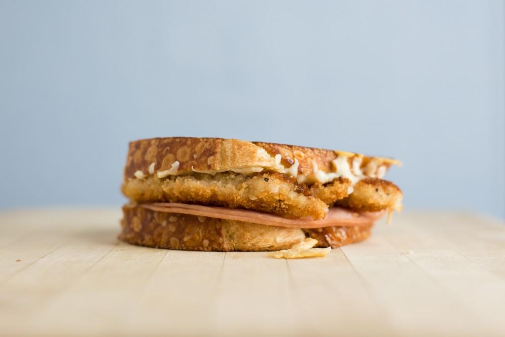 Chicken Cordon Bleu Grilled Cheese | bsinthekitchen.com #grilledcheese #sandwich #bsinthekitchen