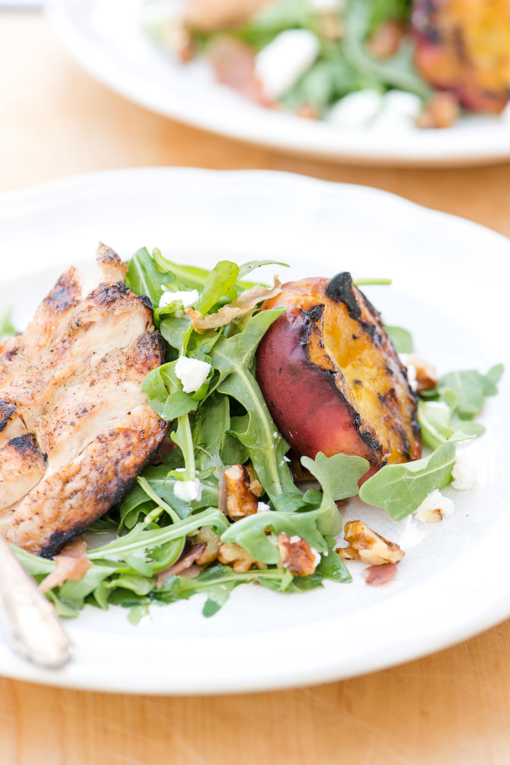 Grilled Peach, Chicken, & Arugula Salad | bsinthekitchen.com # ...