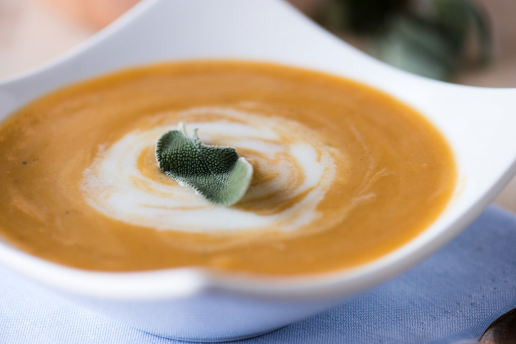 Butternut Squash Soup with Sage Cream | bsinthekitchen.com #butternutsquash #soup #bsinthekitchen