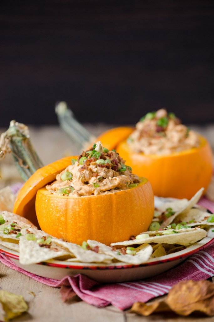 Caramelized Onion, Bacon & Pumpkin Dip | bsinthekitchen.com #pumpkin #appetizer #bsinthekitchen